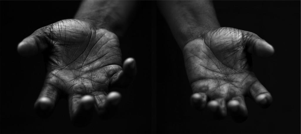 hands-698561_1280